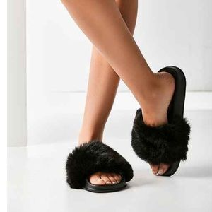 Urban Outfitters Fur Sandals- Black